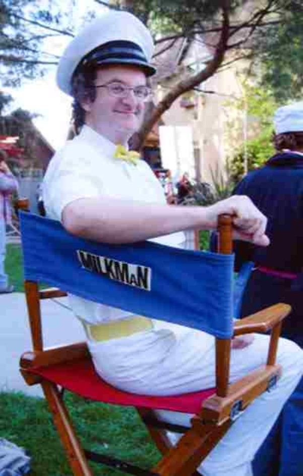 Geoffrey Gould as the milkman behind the scenes of ''Garfield: The Movie''